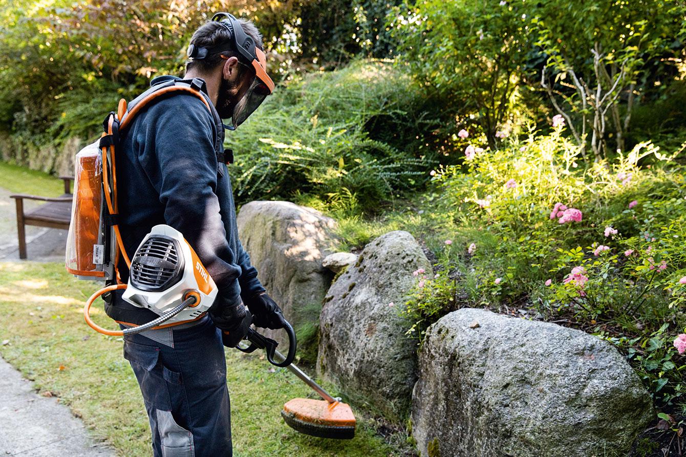 Gardening a trazione elettrica, boom di attrezzature a batteria