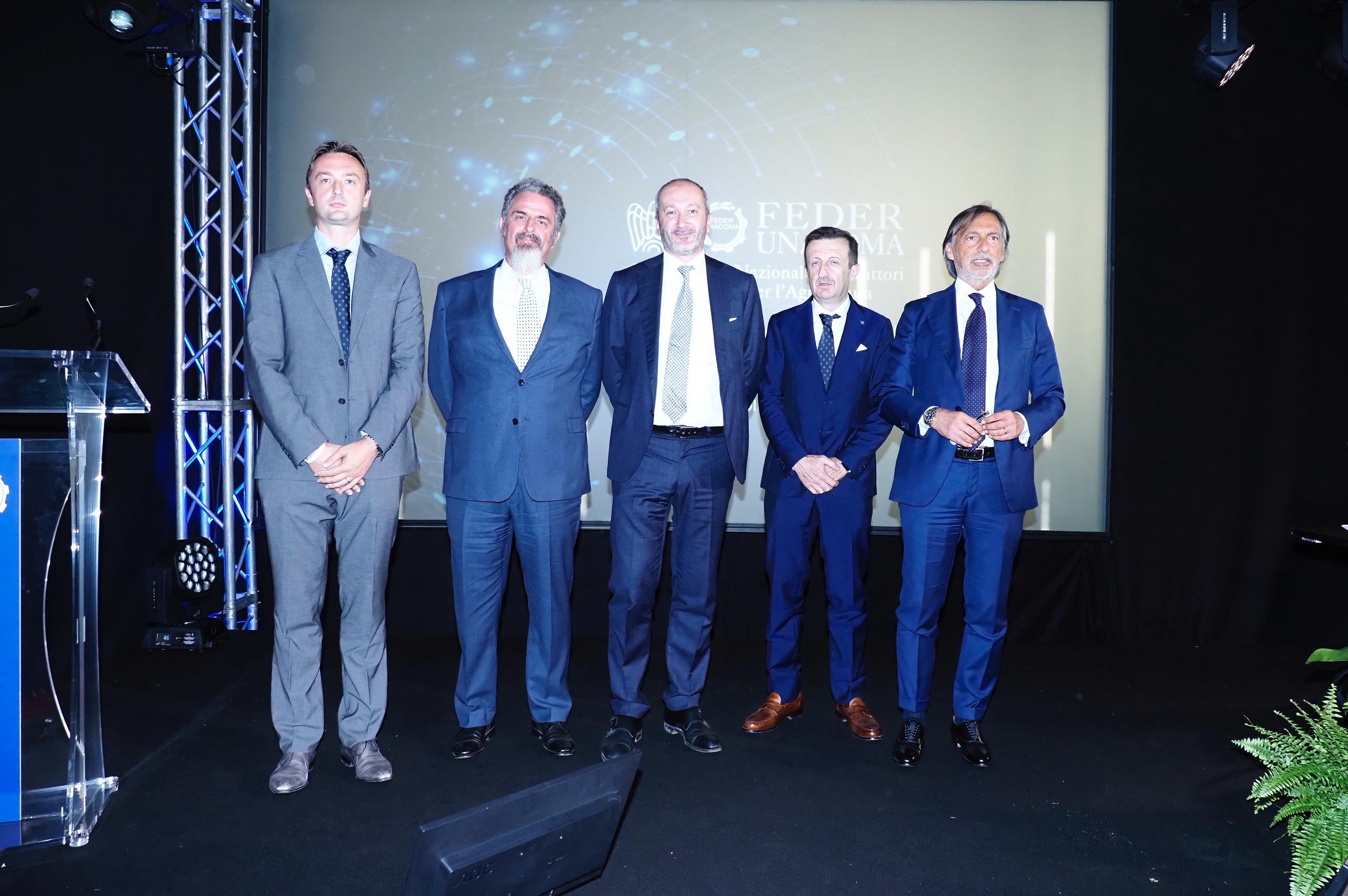Nella foto da sinistra: Lorenzo Selvatici, Renato Cifarelli, Alessandro Malavolti, Pier Giorgio Salvarani, Manlio Martilli