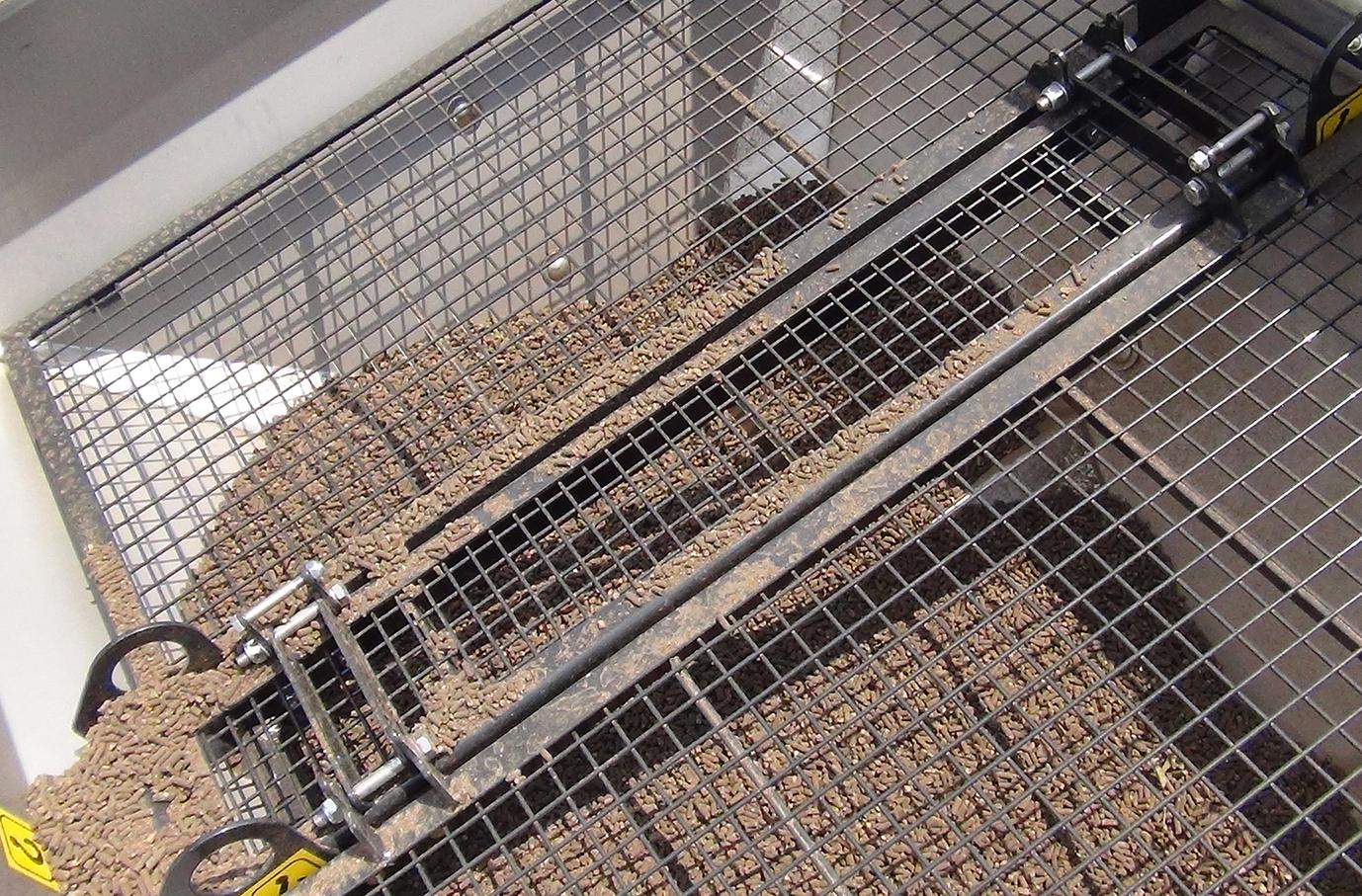 Il sistema di distribuzione Vibro System degli spandiconcimi Eurospand permette di preservare i granuli evitando rotture e agglomerati