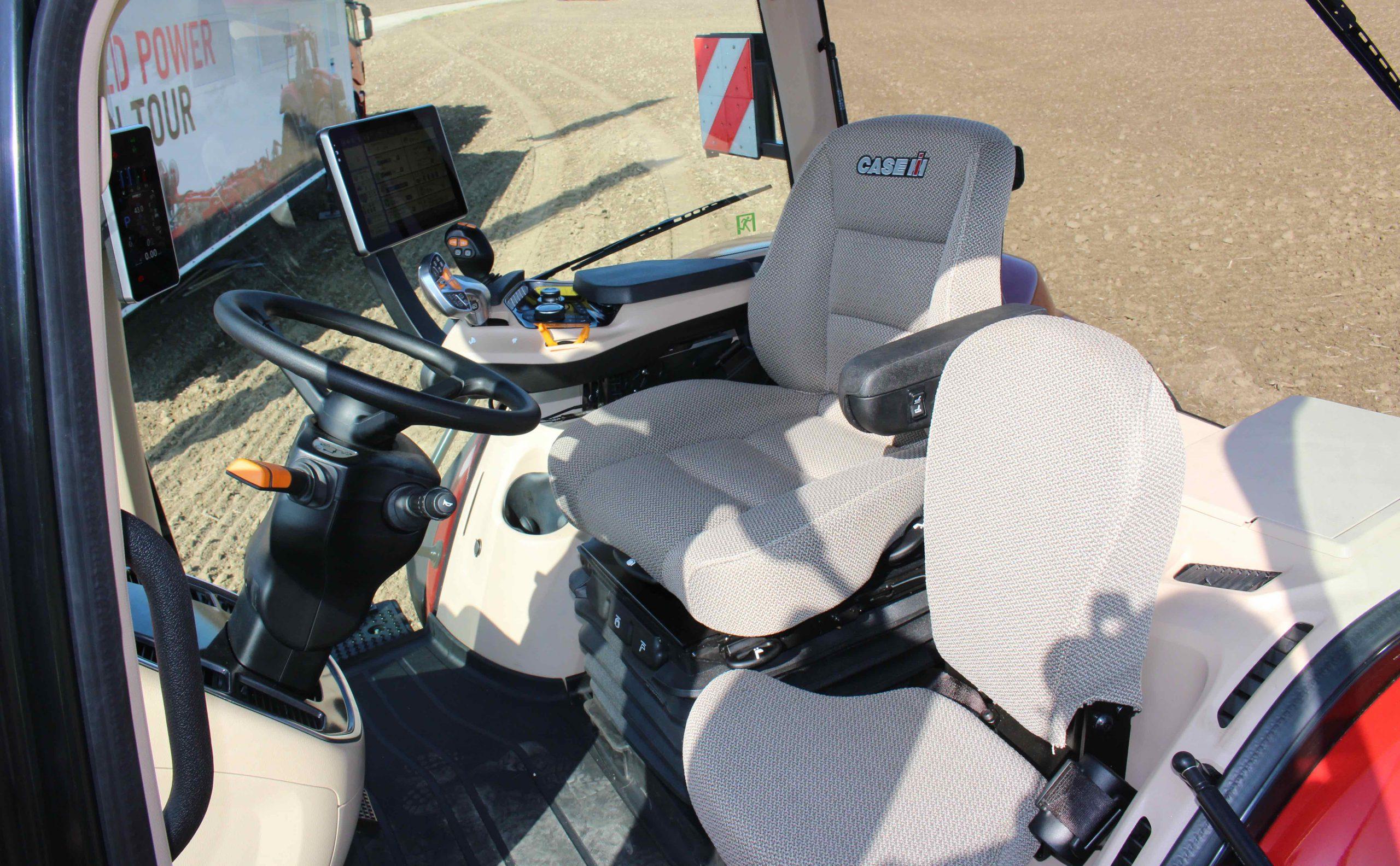 Case Magnum 340 CVXDrive AFS Connect