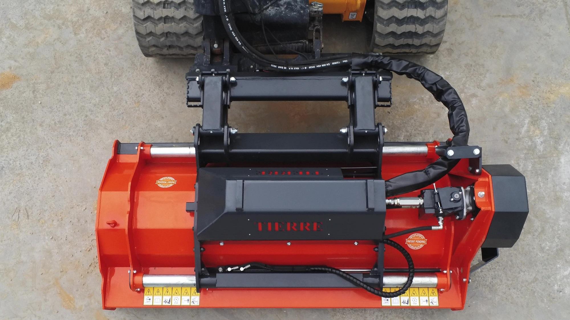 Tierre entra nel mercato delle attrezzature per track e skid loader