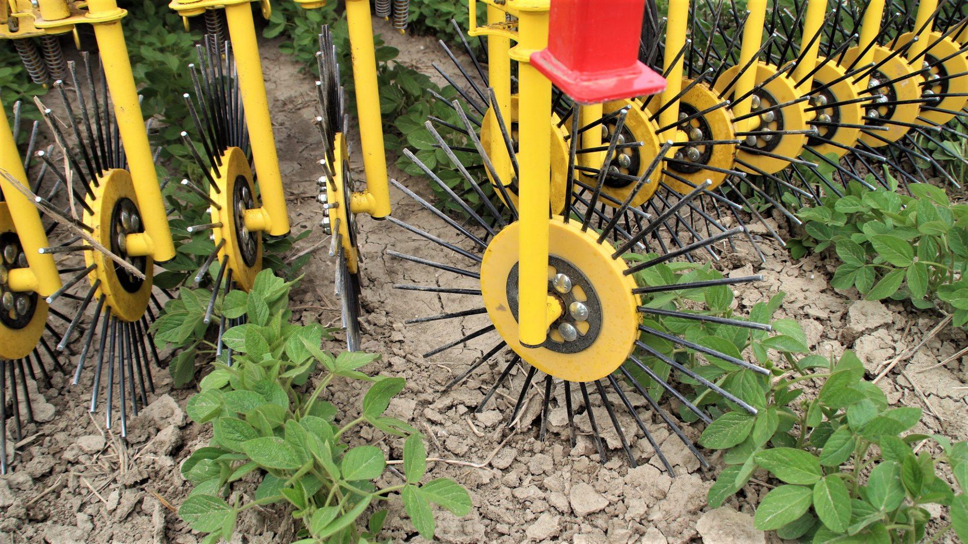 Le soluzioni APV sono dedicate alla lavorazione poco invasiva del suolo.